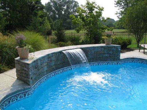 Gạch ốp lát cho khu vực bể bơi như thế nào phù hợp