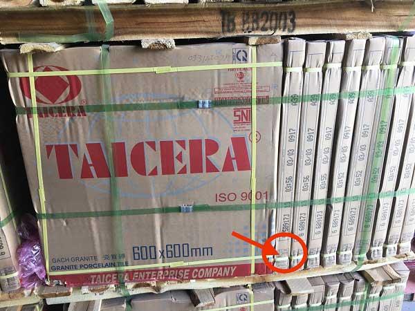 thùng gạch lát nền Taicera