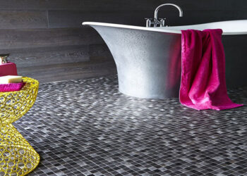Bí quyết chọn gạch lát nền nhà tắm chống trơn & TOP mẫu đẹp